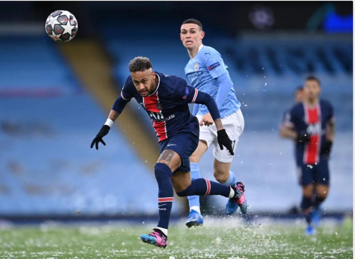 Bị dẫn trước 1-2 sau trận lượt đi, Neymar và các đồng đội khởi đầu trận lượt về đầy quyết tâm.
