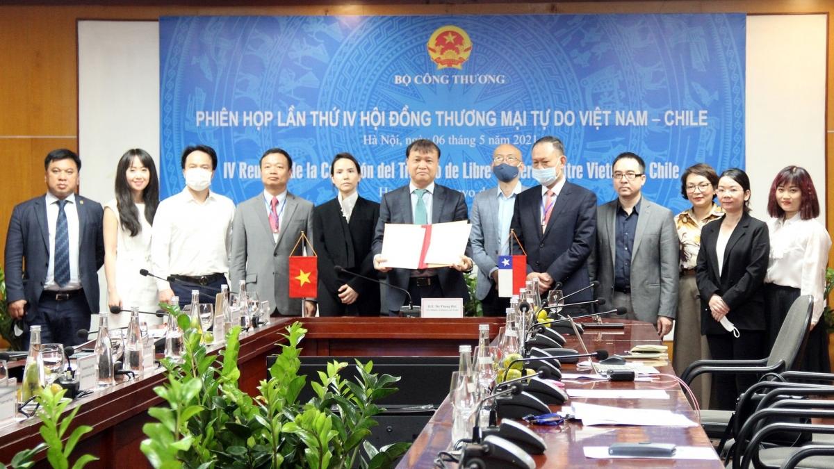 Phiên họp lần IV Hội đồng Thương mại tự do Việt Nam – Chile đã được tổ chức dưới hình thức trực tuyến tại Hà Nội và Santiago.