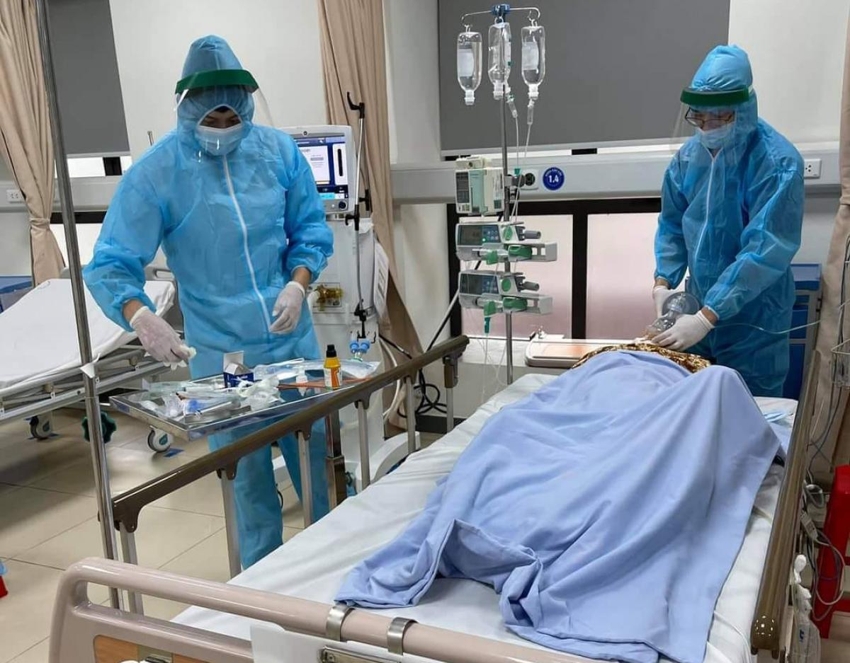 20 mẫu xét nghiệm của nhân viên y tế và bệnh nhân của khoa đã có kết quả âm tính lần 1 với SARS-CoV-2.