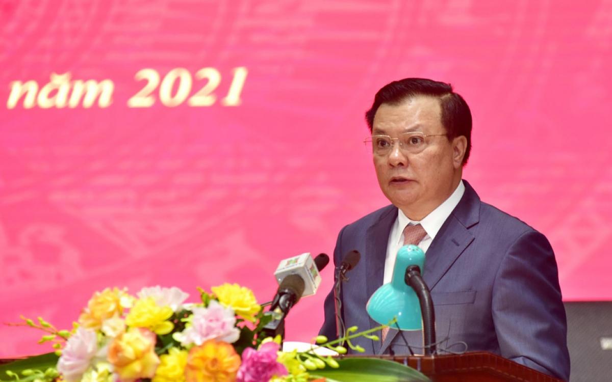 Ủy viên Bộ Chính trị, Bí thư Thành ủy Hà Nội Đinh Tiến Dũng.