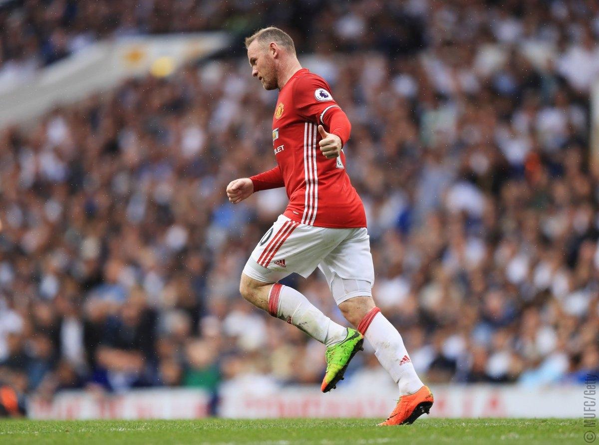 Ngày này 4 năm trước, tiền đạo Wayne Rooney đã ghi bàn thắng cuối cùng trong màu áo MU (Ảnh: Getty).