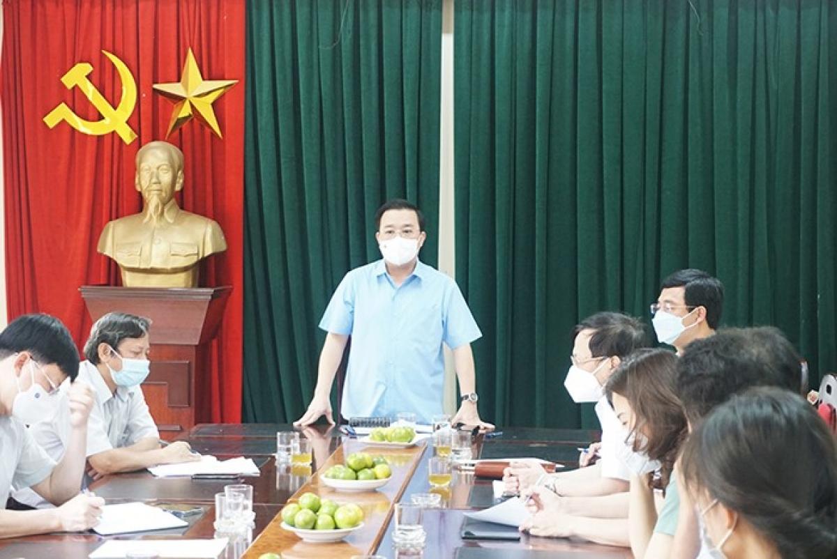 Ông Chử Xuân Dũng phát biểu chỉ đạo tại buổi làm việc.