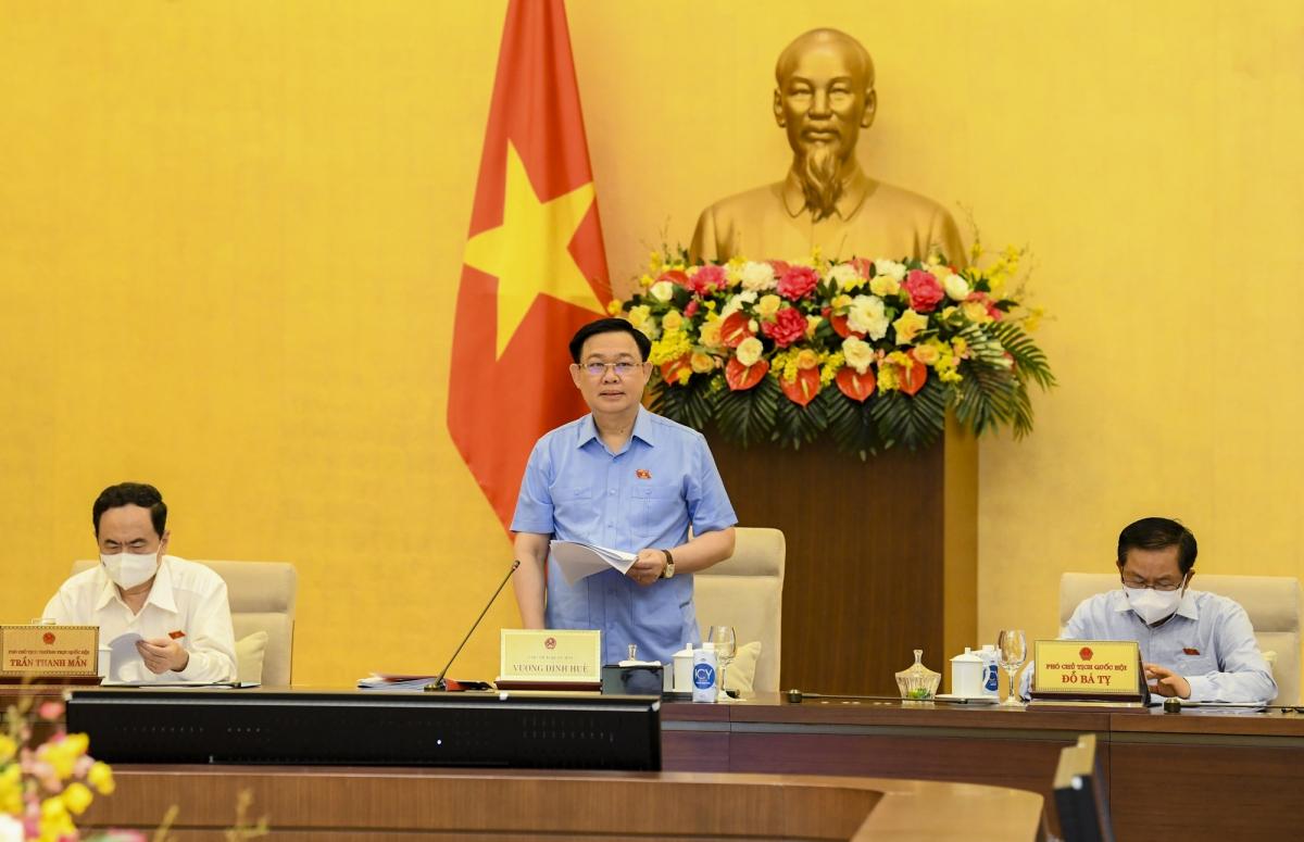 Chủ tịch Quốc hội Vương Đình Huệ phát biểu khai mạc Phiên họp.(Ảnh: quochoi.vn)