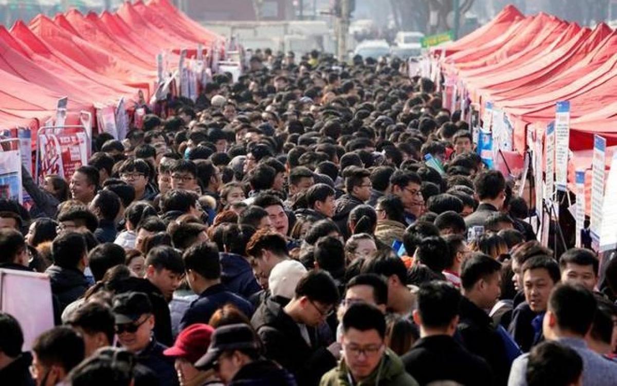 Dân Trung Quốc (thời điêm trước dịch Covid-19). Ảnh: Business Today.