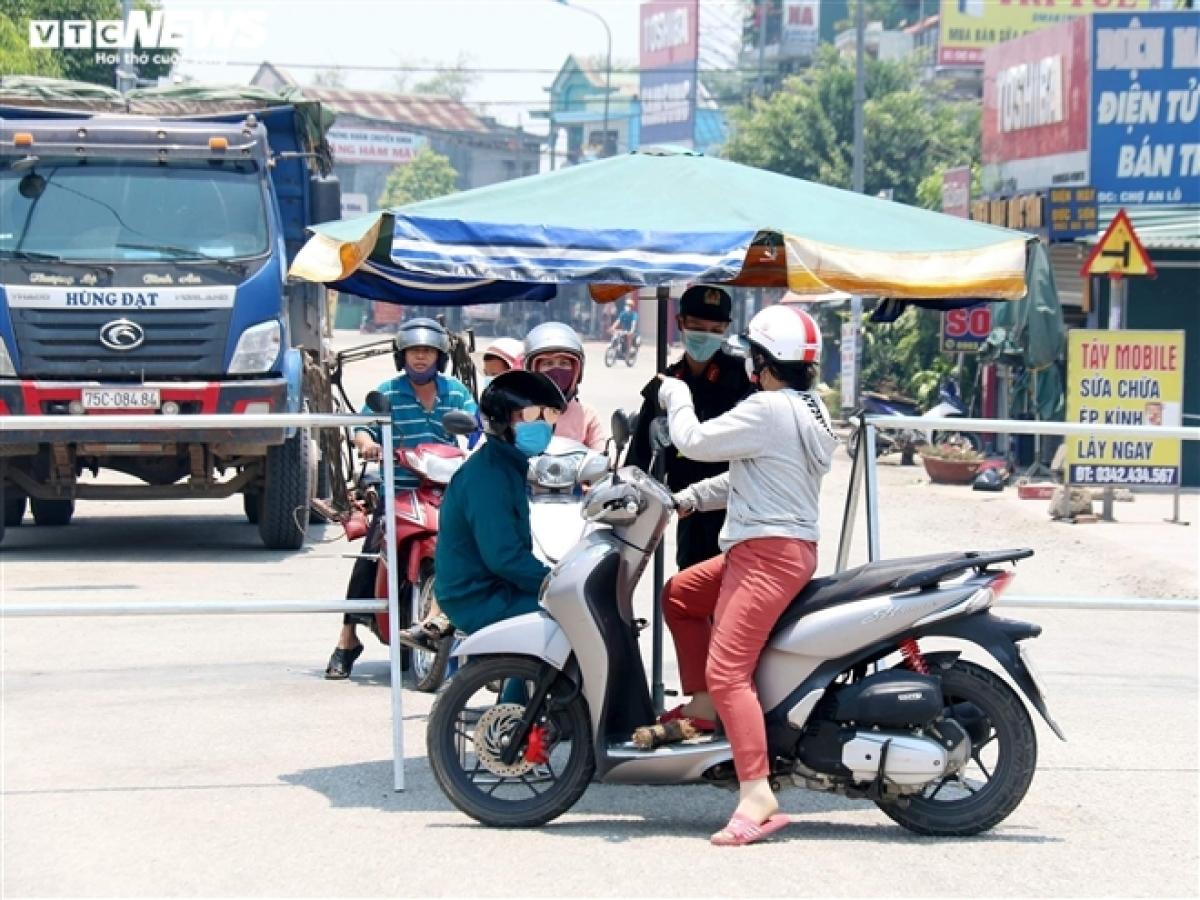 Xã Phong Hiền đang bị phong toả, cách ly tạm thời do Covid-19.