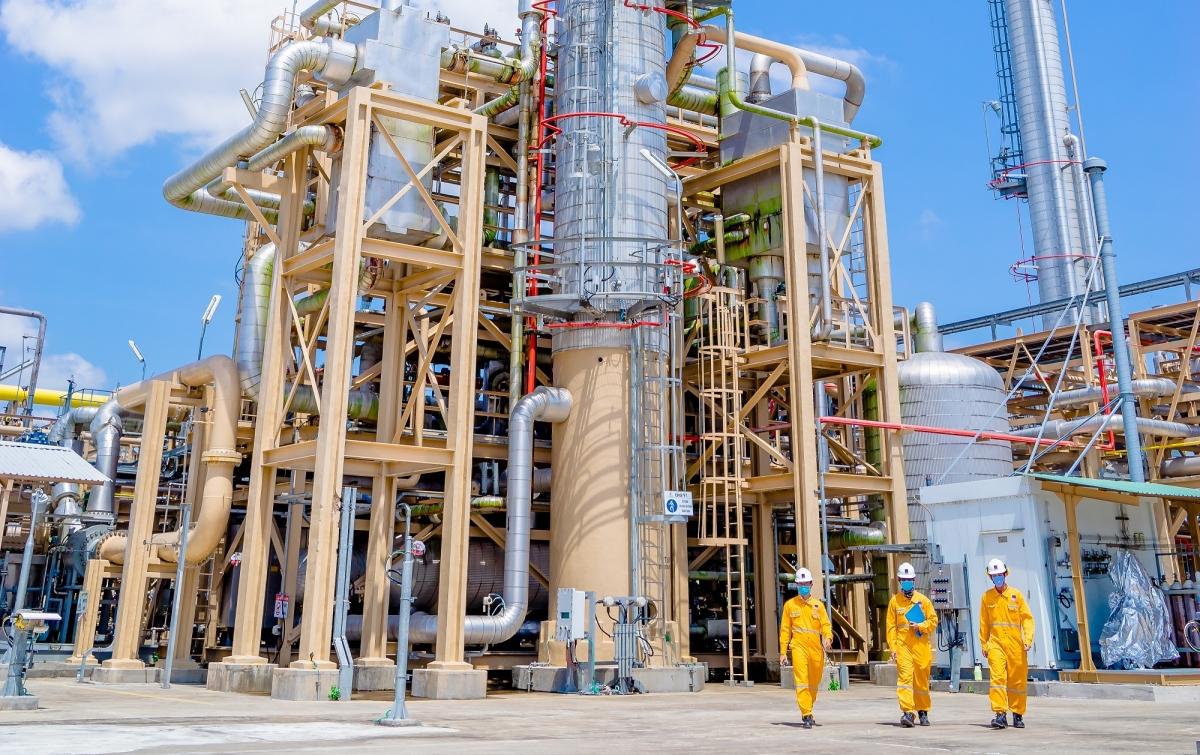 Người lao động trên các công trình khí.