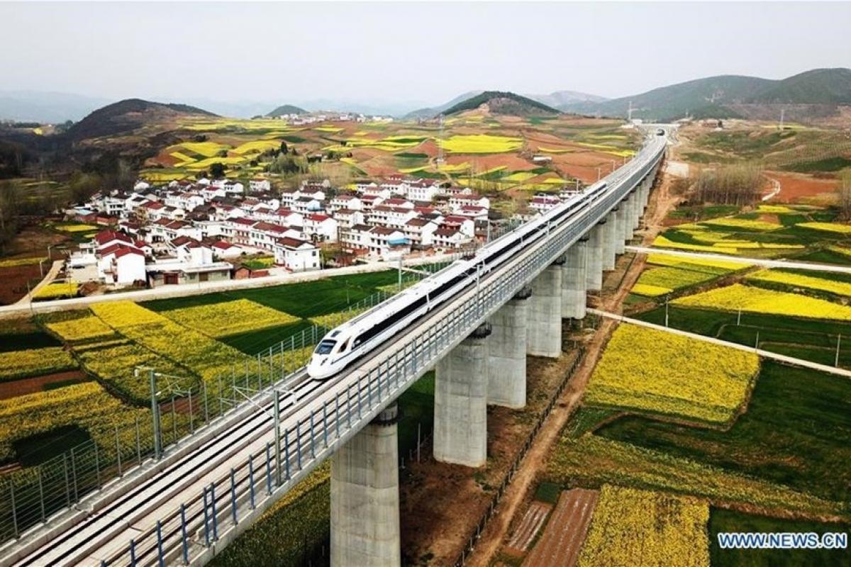 trung quốc có hệ thống đường sắt cao tốc lớn nhất thế giới. ảnh: xinhua