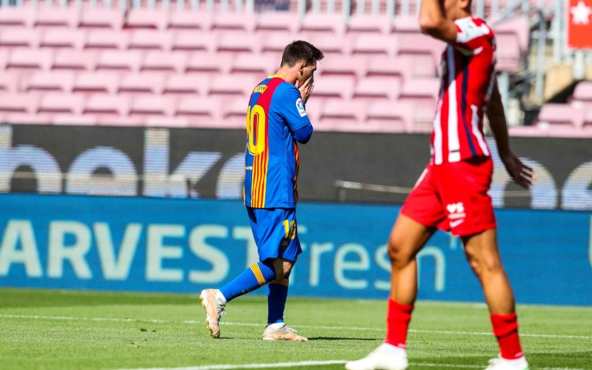 Messi 2 lần bị Oblak từ chối siêu phẩm kể từ đầu trận. (Ảnh: Getty)