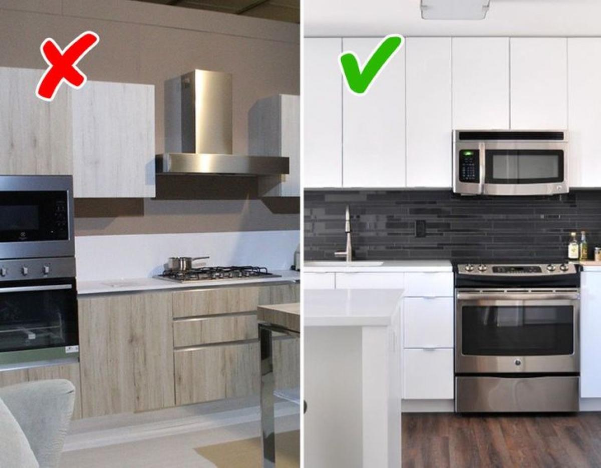 Tủ bếp kịch trần: Loại tủ này có rất nhiều ưu điểm như lưu trữ được nhiều đồ đạc, tránh sự lộn xộn bừa bộn của căn bếp, bụi bẩn không có nguy cơ tích tụ trên nóc tủ...