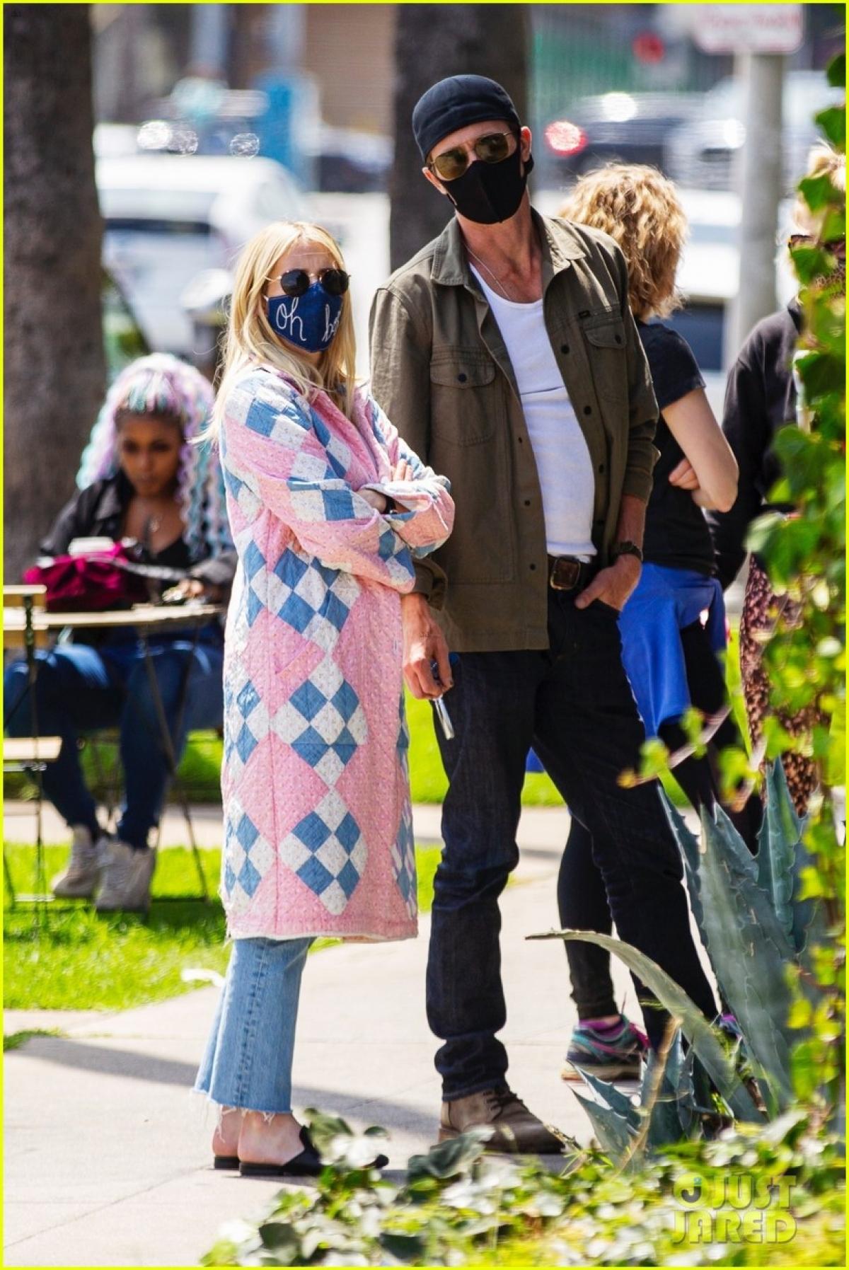 Emma Roberts đã hạ sinh con trai đầu lòng tại một bệnh viện ở Los Angeles.