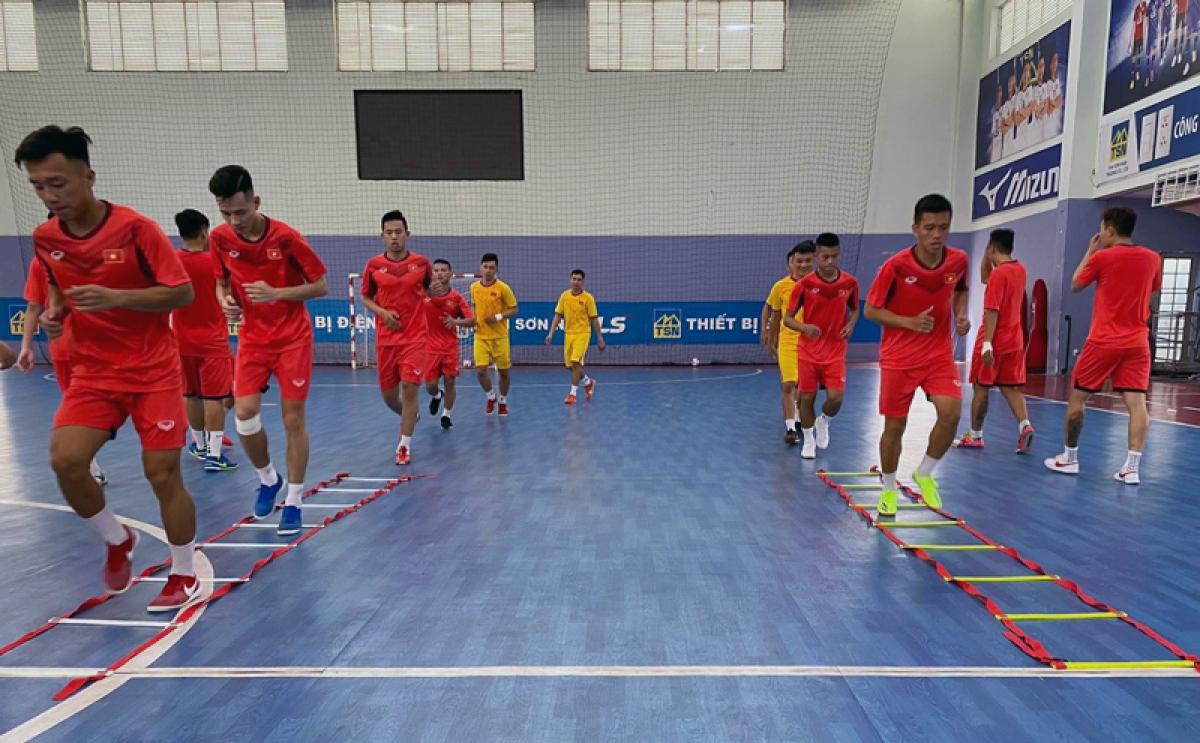 ĐT Futsal Việt Nam sẽ thi đấu giao hữu với ĐT Futsal Thái Lan trước khi thi đấu 2 trận play-off với Lebanon để tranh vé dự VCK FIFA Futsal World Cup 2021.