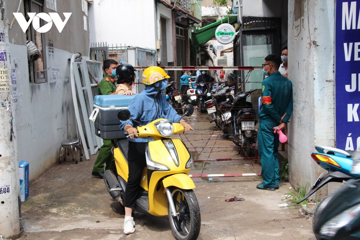 As the mission's headquarters is small the risk of pandemic transmission remains very high, according to Ho Chi Minh City's Department of Health.