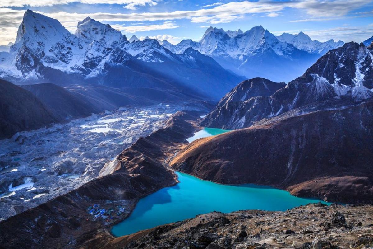 Vượt dãy Himalaya là trải nghiệm hấp dẫn nhất tại Nepal.Nguồn: Getty Images