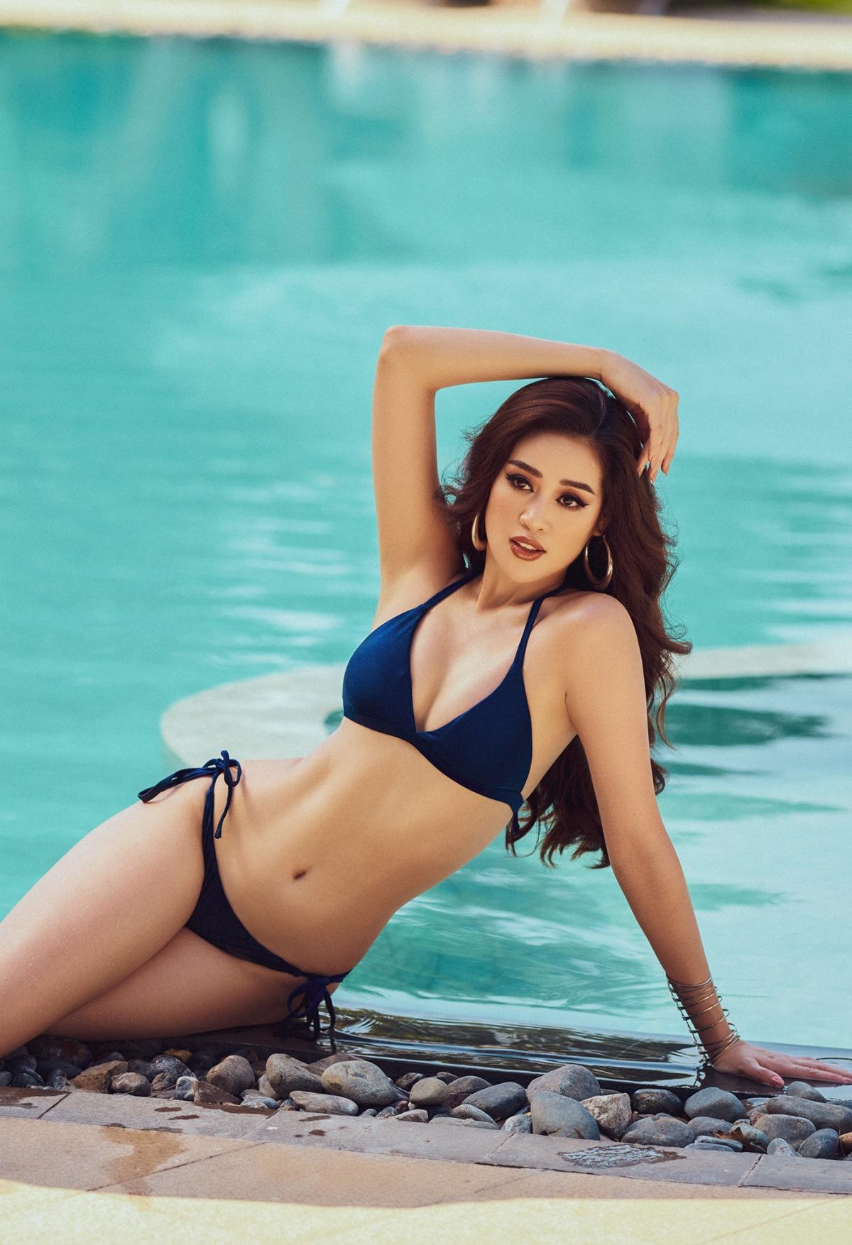 Khánh Vân bật mí, khi biết địa điểm diễn ra cuộc thi là Hard Rock Hotel & Casino, cô nghĩ ngay đến concept bikini hồ bơi để chuẩn bị trước cho những ngày thi sắp tới tại nơi đây.