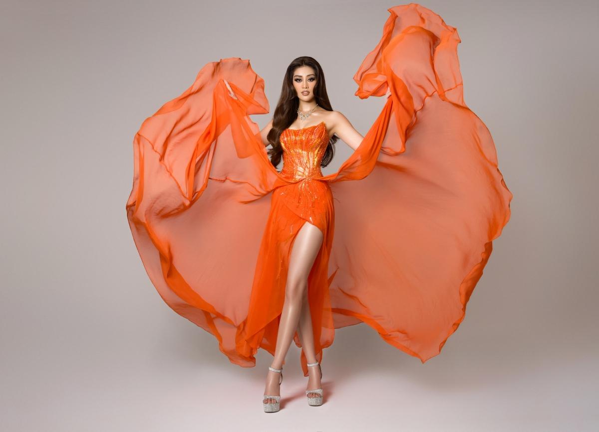 Kết thúc phần thi bán kết, cùng với kỹ năng trình diễn chuyên nghiệp, tự tin và thần thái, Hoa hậu Khánh Vân đã chinh phục sân khấu Miss Universe và khiến khán giả nước nhà phải tự hào bởi đại diện Việt Nam không hề thua kém các đại diện nước khác.
