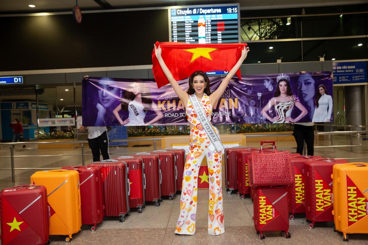 Hoa hậu Khánh Vân đại diện Việt Nam tham dự đấu trường sắc đẹp Miss Universe.