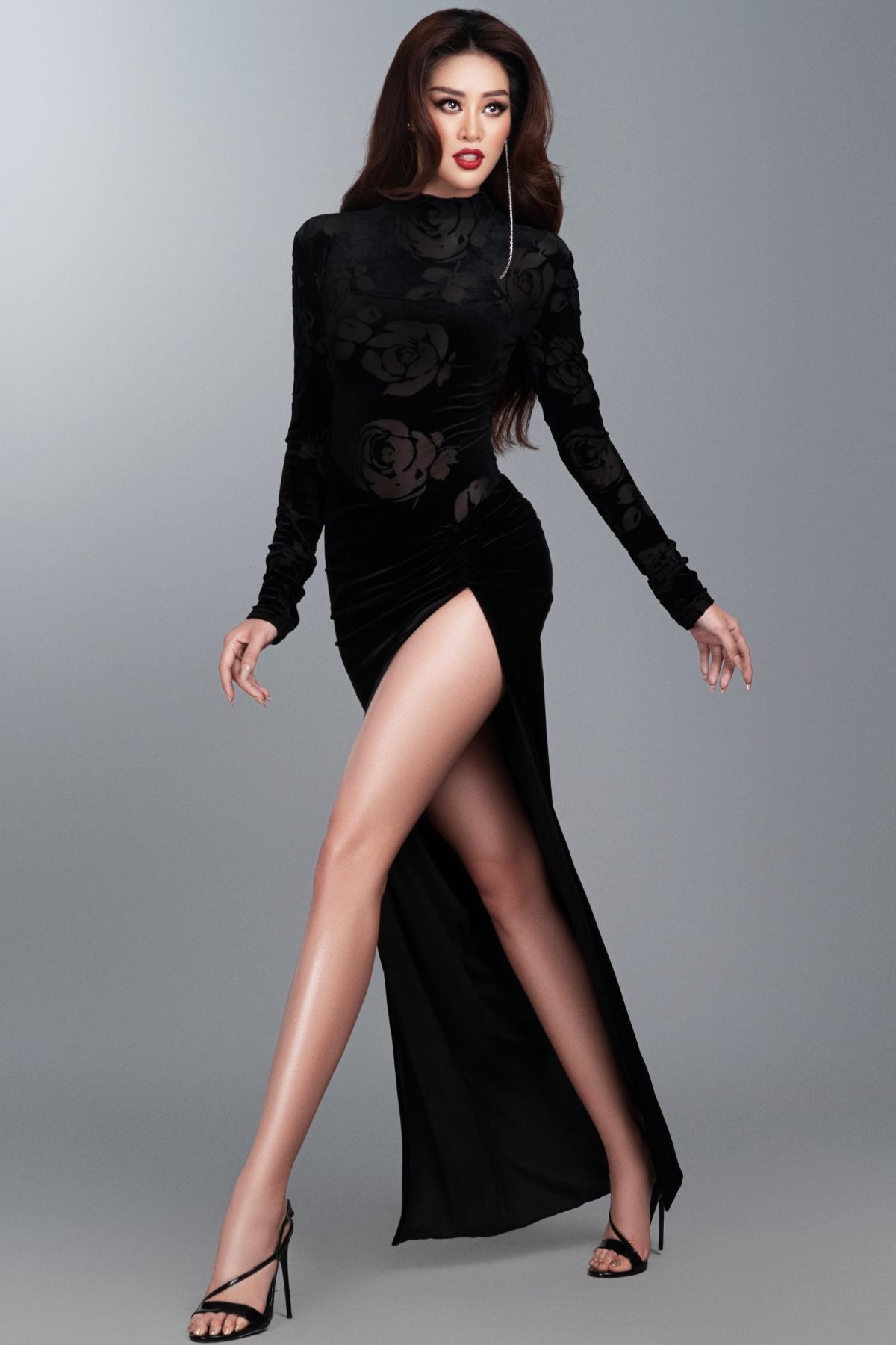 Một vài hình ảnh của Hoa hậu Khánh Vân trong trang phục dạ hội: