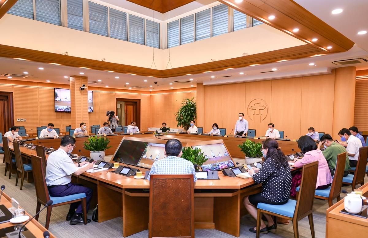 Phiên họp trực tuyến của Ban Chỉ đạo công tác phòng, chống dịch Covid-19 thành phố Hà Nội chiều 13/5.