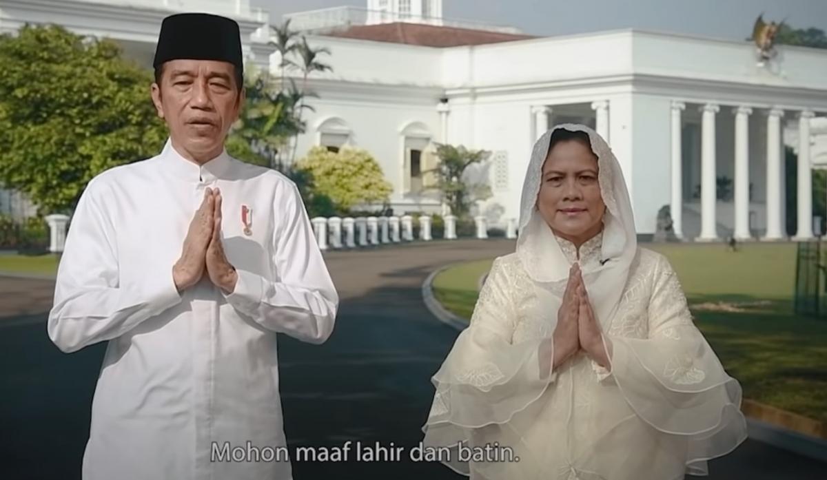 Tổng thống Joko Widodo và phu nhân chúc mừng ngày lễ Eid Al-Fitr năm 2021. (Nguồn: Ảnh chụp màn hình).