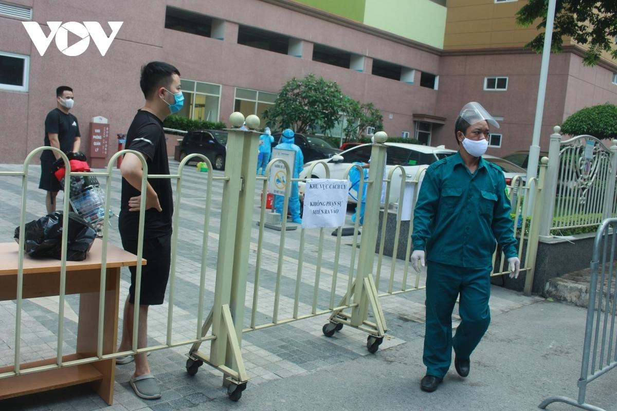 Phong tỏa chung cư Hồ Gươm Plaza và tòa nhà CT7 BooYoung, Hà Đông - nơi ở của 2 bệnh nhânmắc Covid-19 là F1 của Giám đốc Hacinco vừa bị cách chức
