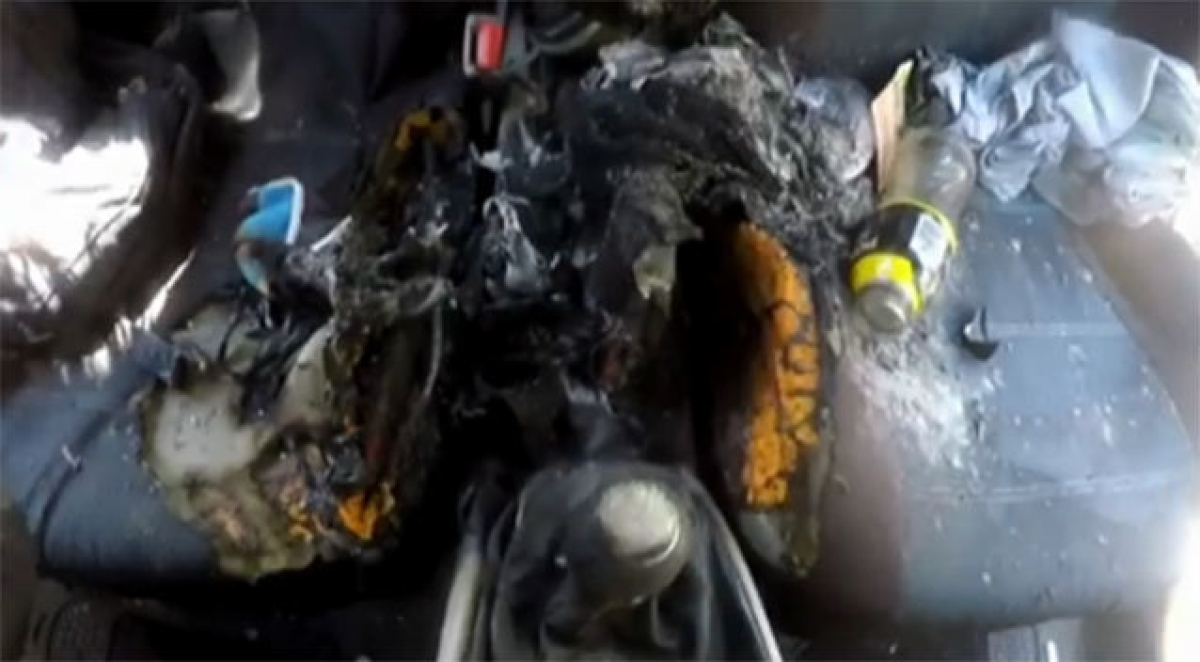 Vụ nổ iPhone 7 thiêu rụi nội thất ô tô