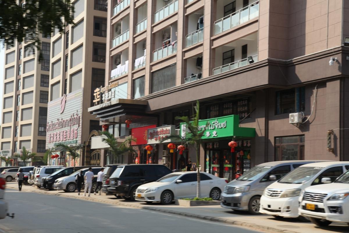 Tập trung hàng vạn lao động với nhiều loại hình dịch vụ, Đặc khu kinh tế Tam Giác Vàng đang trở thành điểm nóng lây nhiễm Covid-19 ở bắc Lào