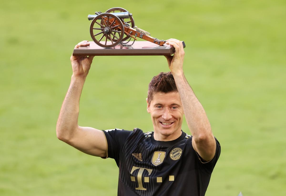 Lewandowski lập kỷ lục ghi bàn tại Bundesliga. (Ảnh: Getty)