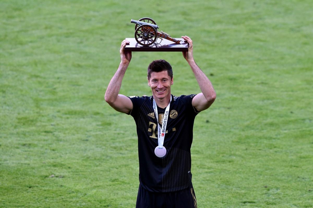 Điểm danh 5 tiền đạo xuất sắc nhất châu Âu 2020/2021 - Ảnh 5.