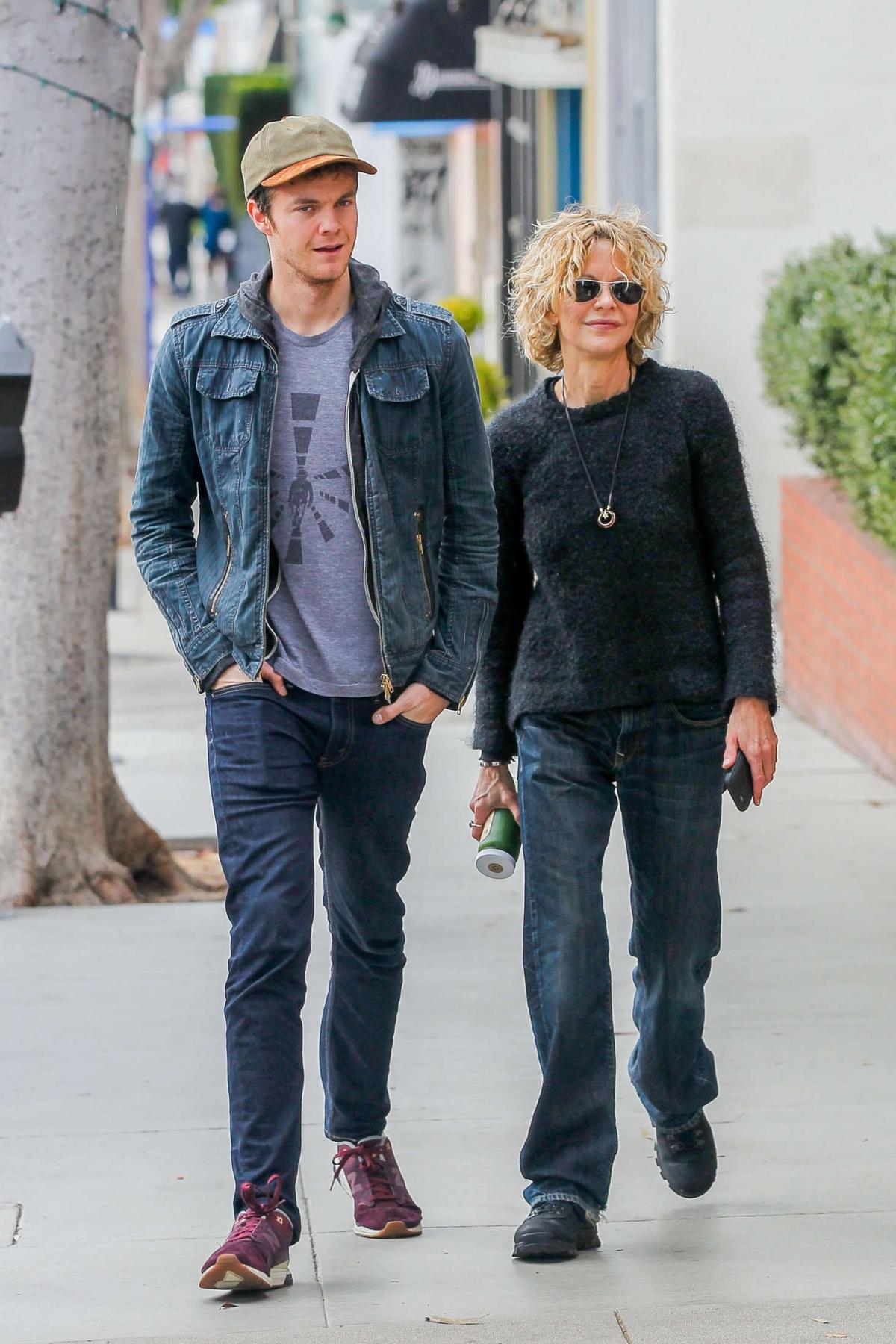 Jack Quaid và mẹ Meg Ryan.
