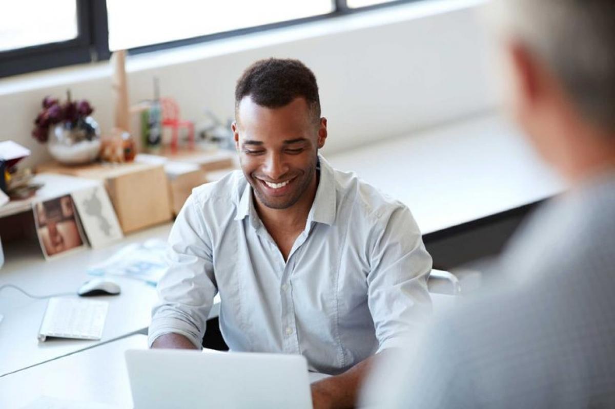 Được đánh giá cao hơn: Những người dậy sớm thường được đánh giá cao hơn ở môi trường công sở. Các lãnh đạo cấp trên thường cho rằng những người đến muộn không chăm chỉ và chuyên cần bằng những người đến sớm.