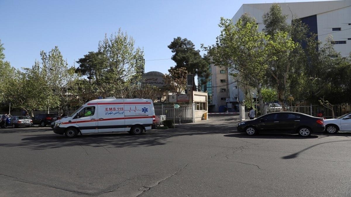 Xe cứu thương đến hiện trường. Ảnh: RT
