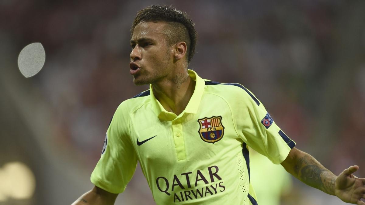 Ngày này 6 năm trước, Neymar lập cú đúp giúp Barca vào chung kết Champions League. (Ảnh: Getty).