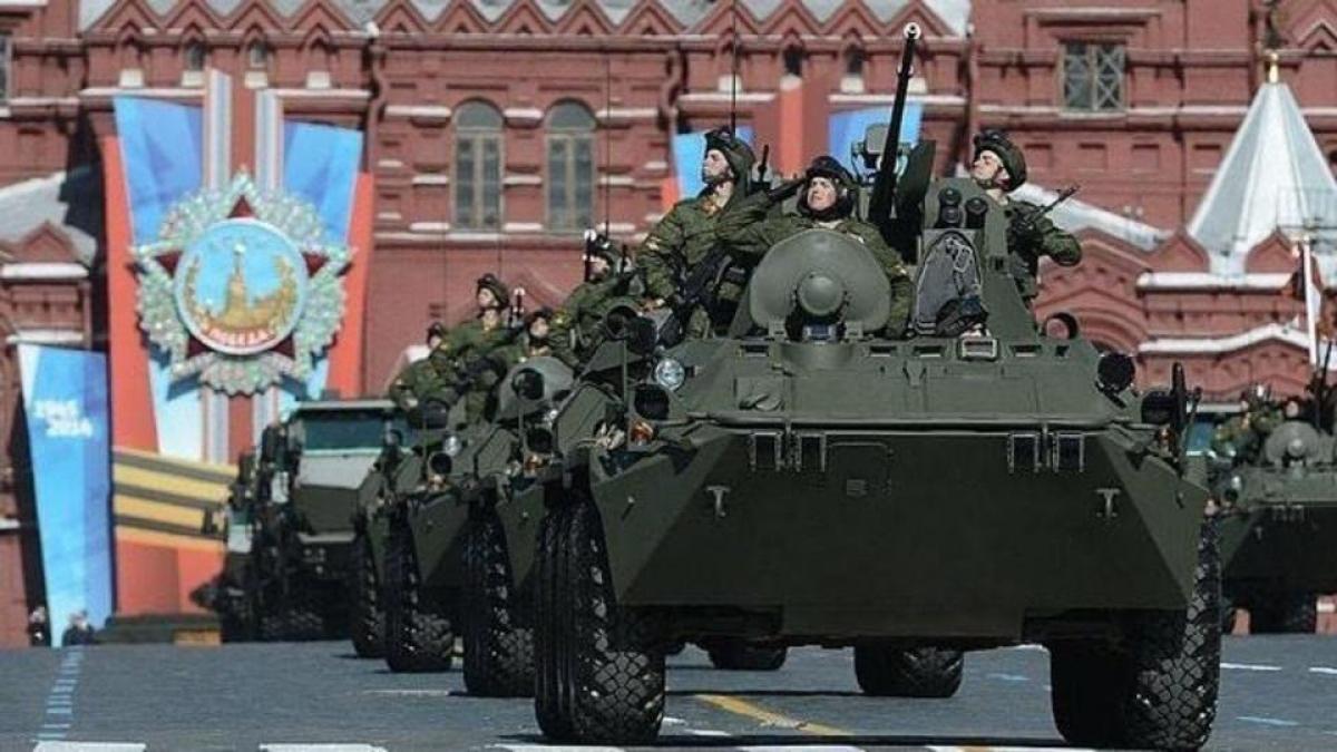 Hơn 47.000 người và khoảng 1.600 đơn vị vũ khí, cùng hơn 200 máy bay và trực thăng sẽ tham gia buổi lễ.(Nguồn: rutube.ru),