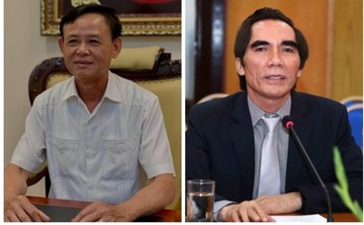 Thứ trưởng Thường trực Bộ Nông nghiệp và Phát triển nông thôn Hà Công Tuấn (trái) và Thứ trưởng Bộ Kế hoạch và Đầu tư Nguyễn Văn Trung nghỉ hưu từ 1/5/2021. (Ảnh: VGP)