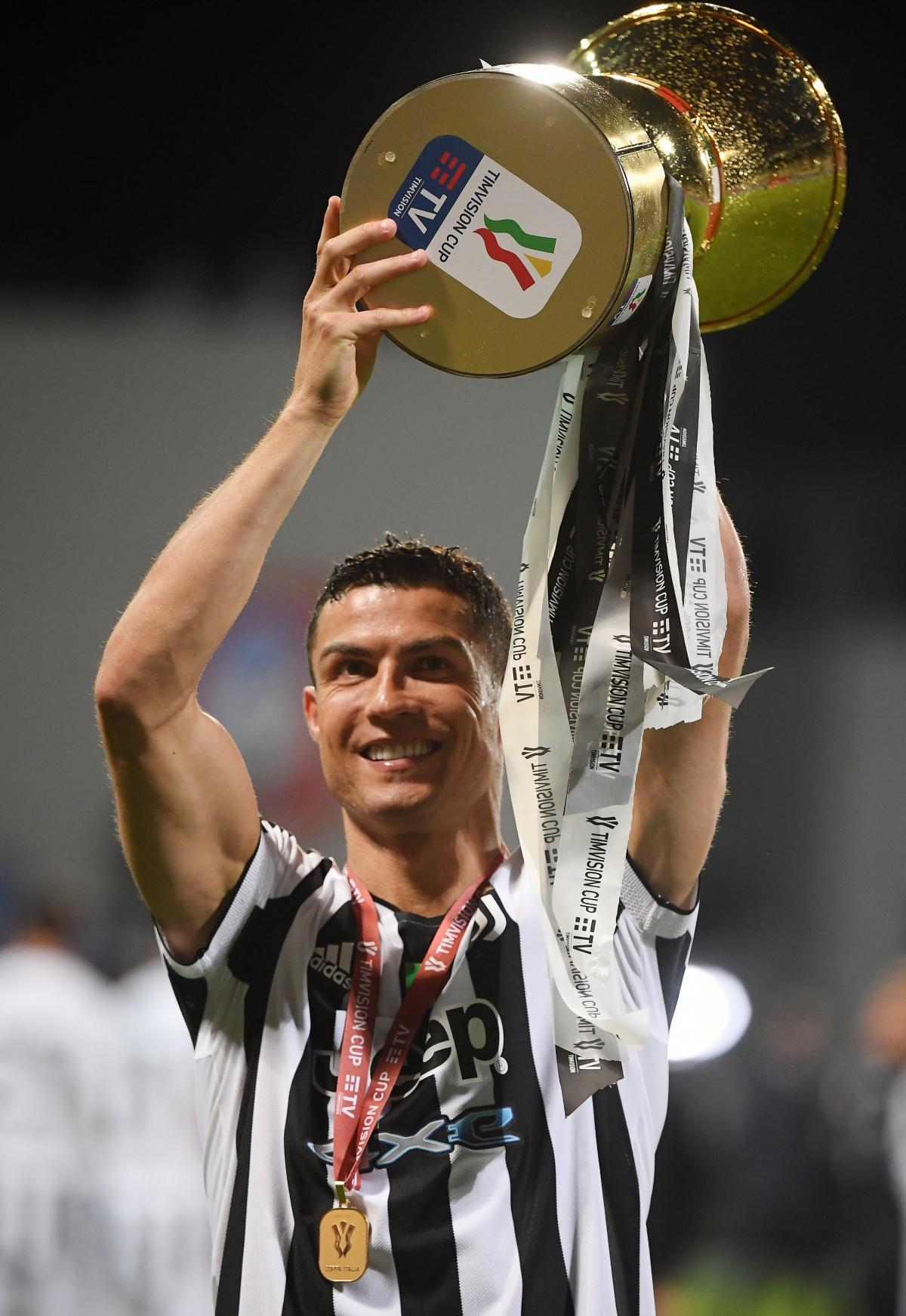 Điểm danh 5 tiền đạo xuất sắc nhất châu Âu 2020/2021 - Ảnh 2.