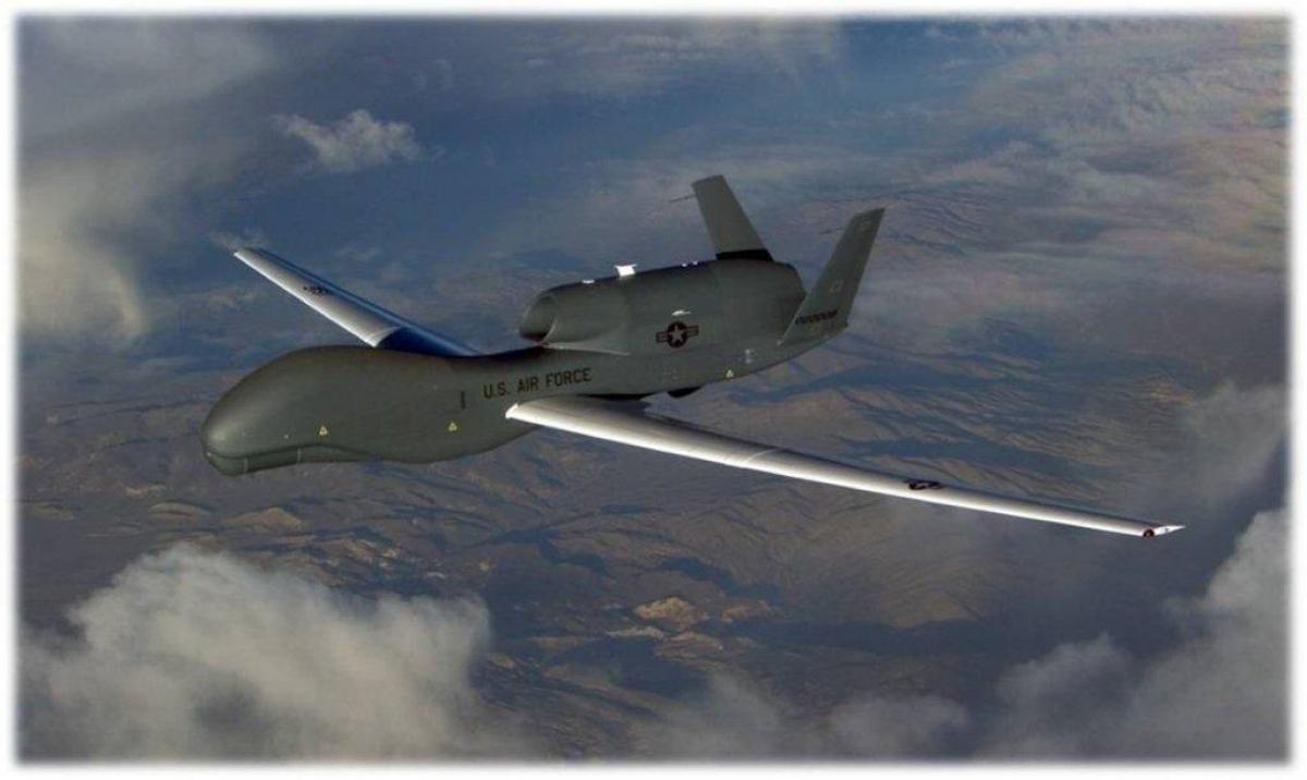 Máy bay không người lái RQ-4 Global Hawk. Ảnh:afrc.af.mil