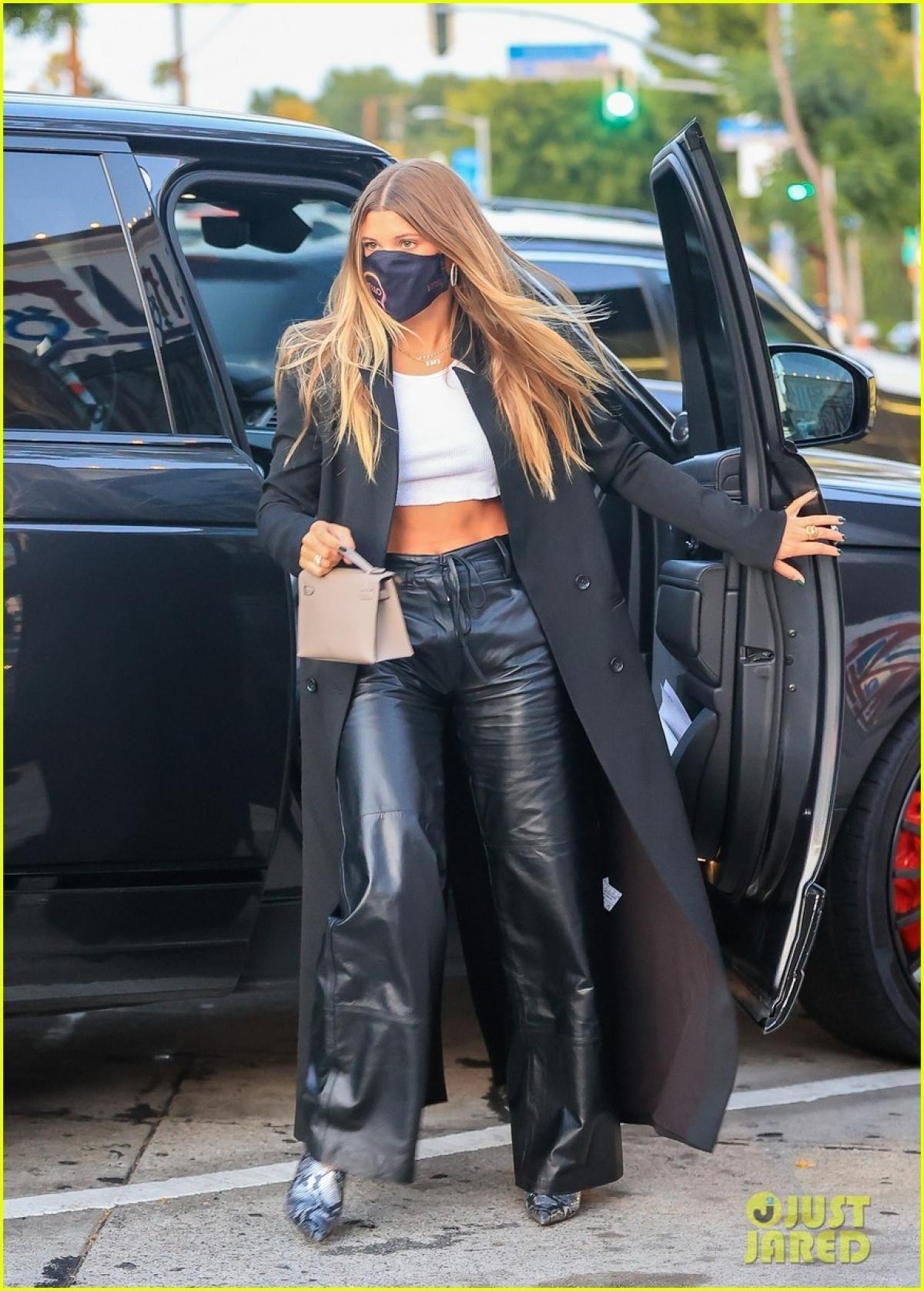 Sofia Richie là con gái cưng của danh ca Lionel Richie.