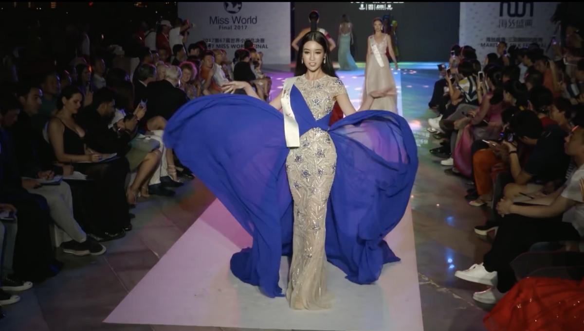 Hoa hậu Đỗ Mỹ Linh thể hiện màn tung váy đỉnh cao trong clip giới thiệu của Miss World.
