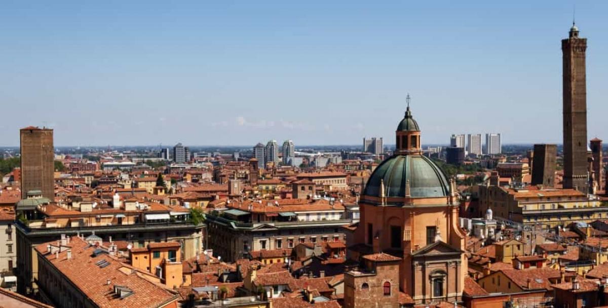 Chiến tranh vì một thùng gỗ sồi (1325): Cuộc chiến giữa 2 thành phố tự trị của Italy vì một thùng gỗ sồi này đã khiến 2.000 người thiệt mạng.