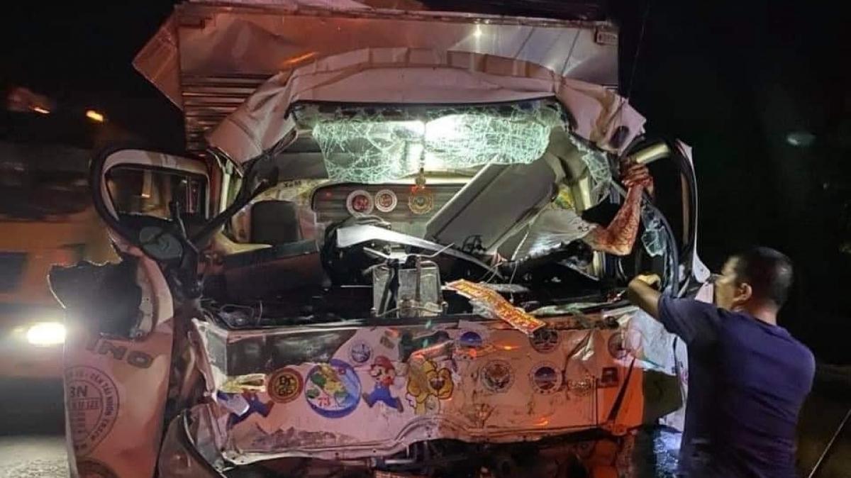 Xe tải sau khi xảy ra tai nạn