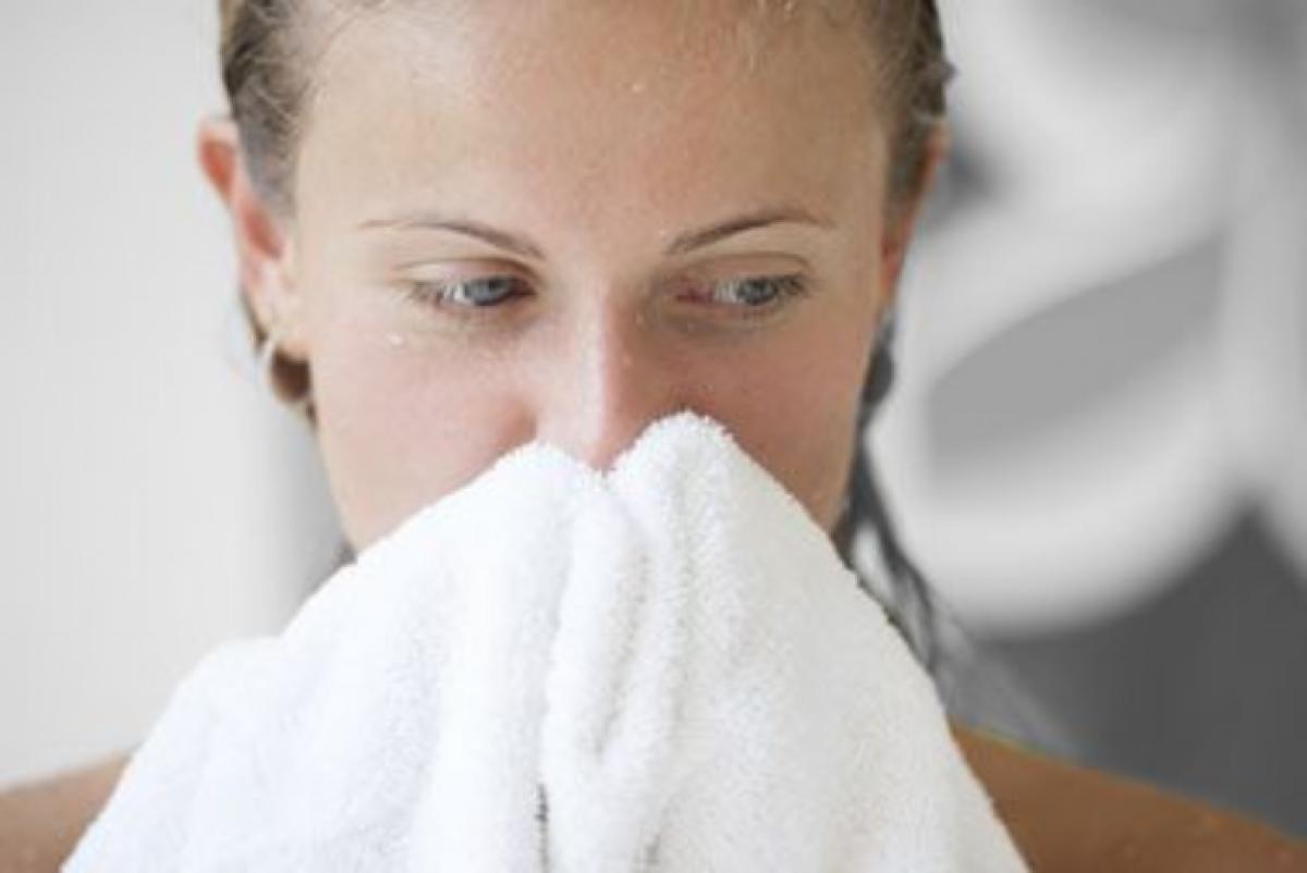 Chăm sóc da: Tiêu đen có tính kháng khuẩn và chống oxy hóa, nhờ đó có tác dụng làm sạch da. Tiêu còn giúp tăng cường tuần hoàn máu, giúp máu lưu thông đến da mặt, mở lỗ chân lông và giúp bạn dễ dàng làm sạch da hơn. Bạn có thể sử dụng tiêu đen để tẩy da chết.