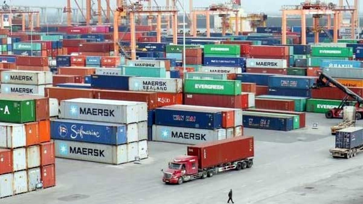 Doanh nghiệp kỳ vọng các đơn hàng xuất khẩu qua kênh TMĐT phát triển như kênh truyền thống, khi các Nghị định hướng dẫn được ban hành.
