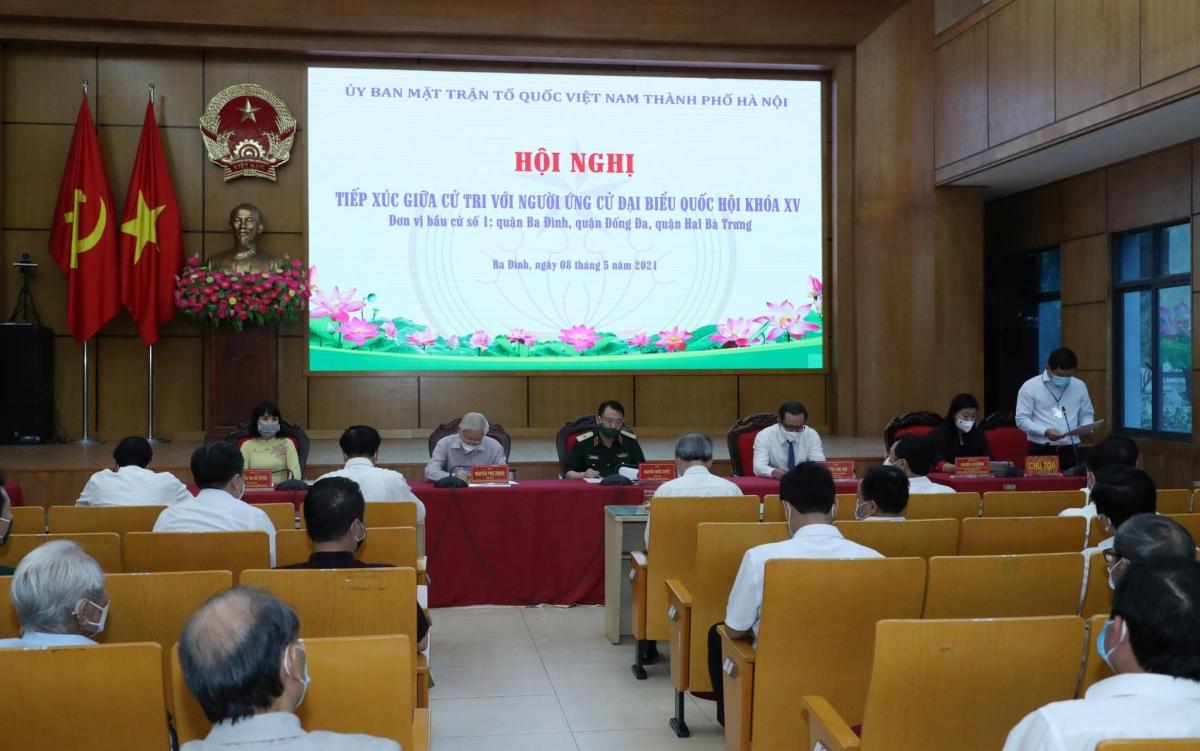 Hội nghị tiếp xúc cử tri trình bày chương trình hành động của người ứng cử ĐHQH khóa XV.