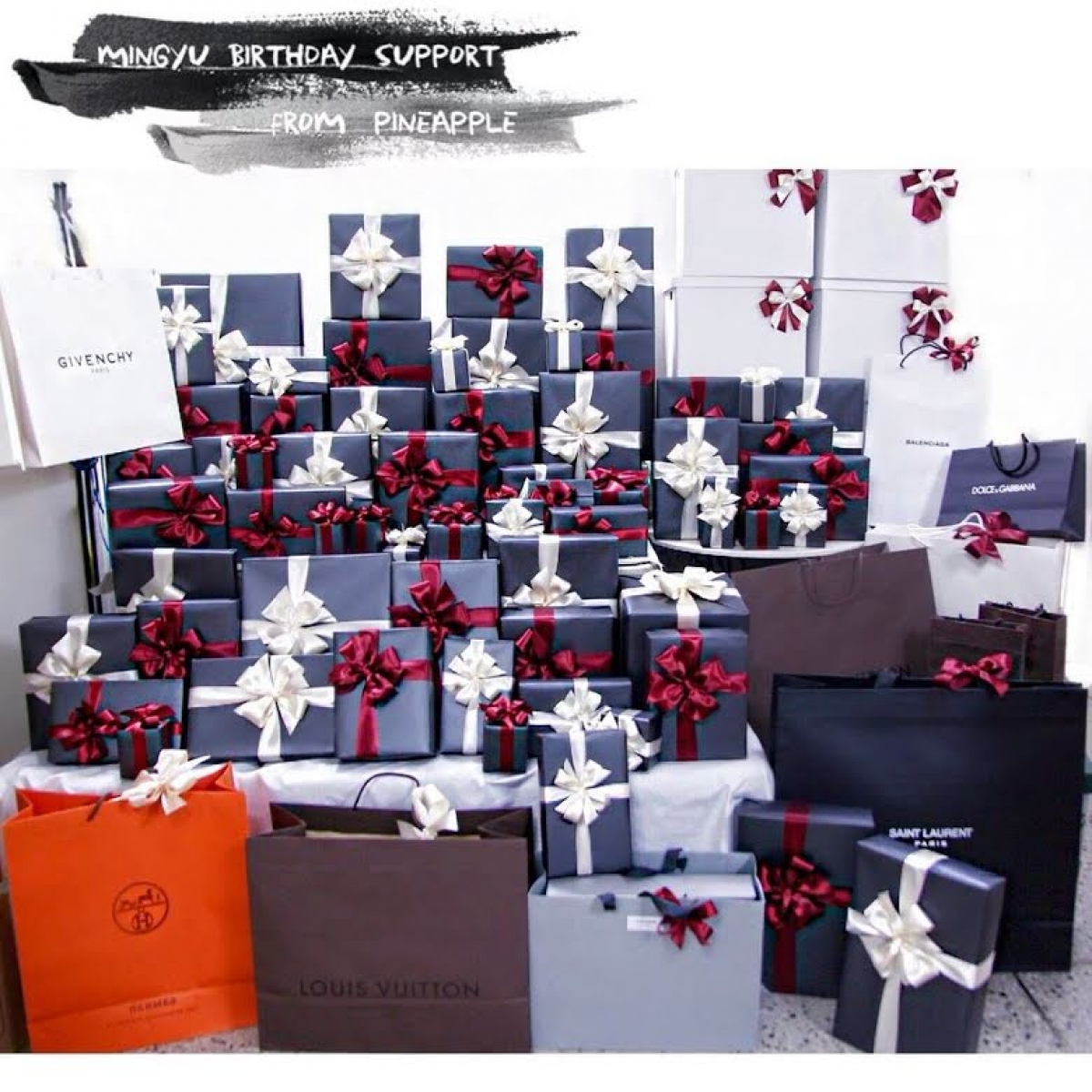 Vào dịp sinh nhật 20 tuổi (tuổi Hàn Quốc), Min Gyu(Seventeen) đã nhận được rất nhiều quà từ người hâm mộ. Trong đó có cảcác thương hiệu xa xỉ như Givenchy,Dolce & Gabbana,Saint LaurentvàLouis Vuitton.