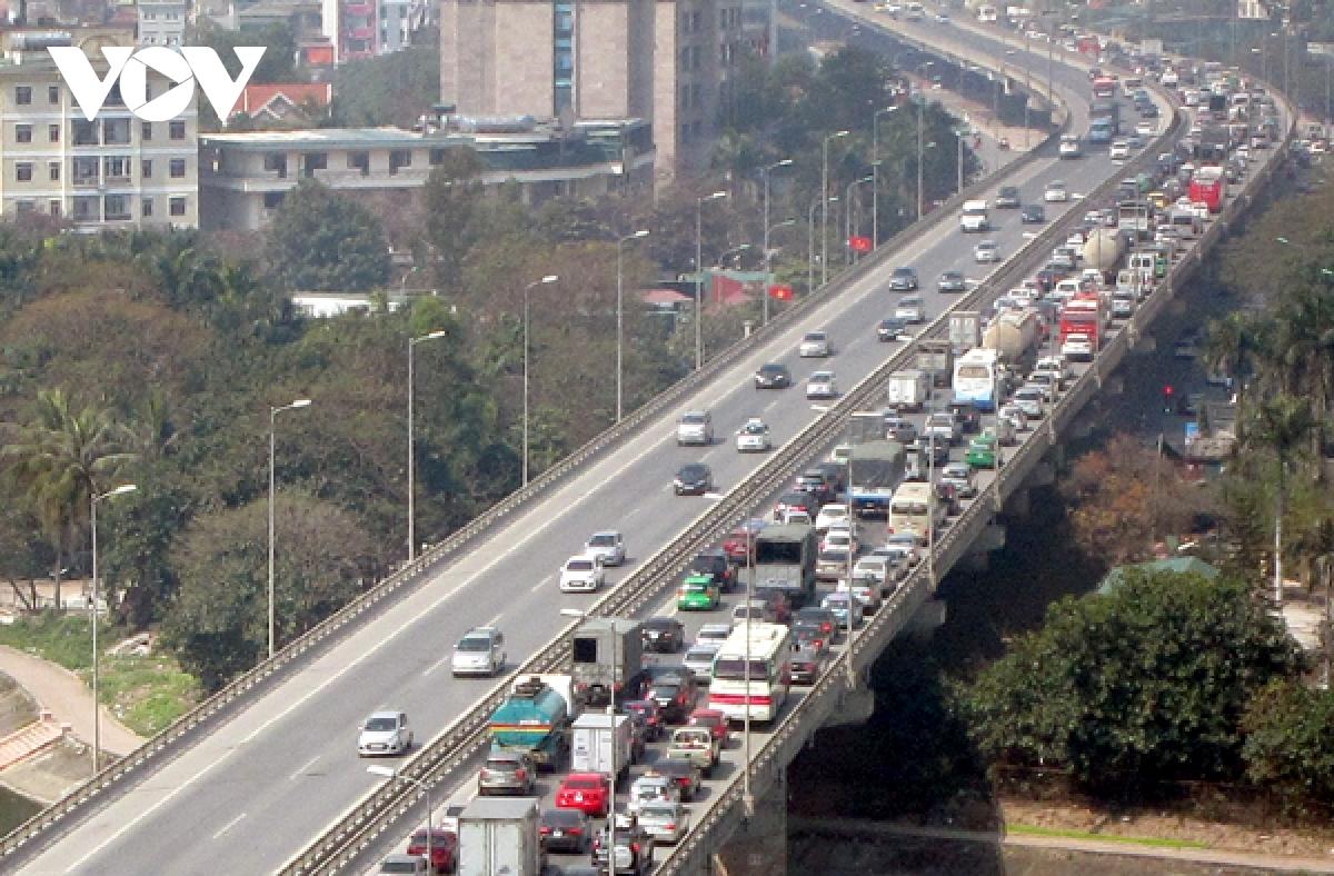 Dự án đường vành đai 4 - Vùng Thủ đô được đề xuất xây dựng theo phương án cao tốc đi toàn bộ trên cầu cạn, như đường vành đai 3 Hà Nội đã triển khai.