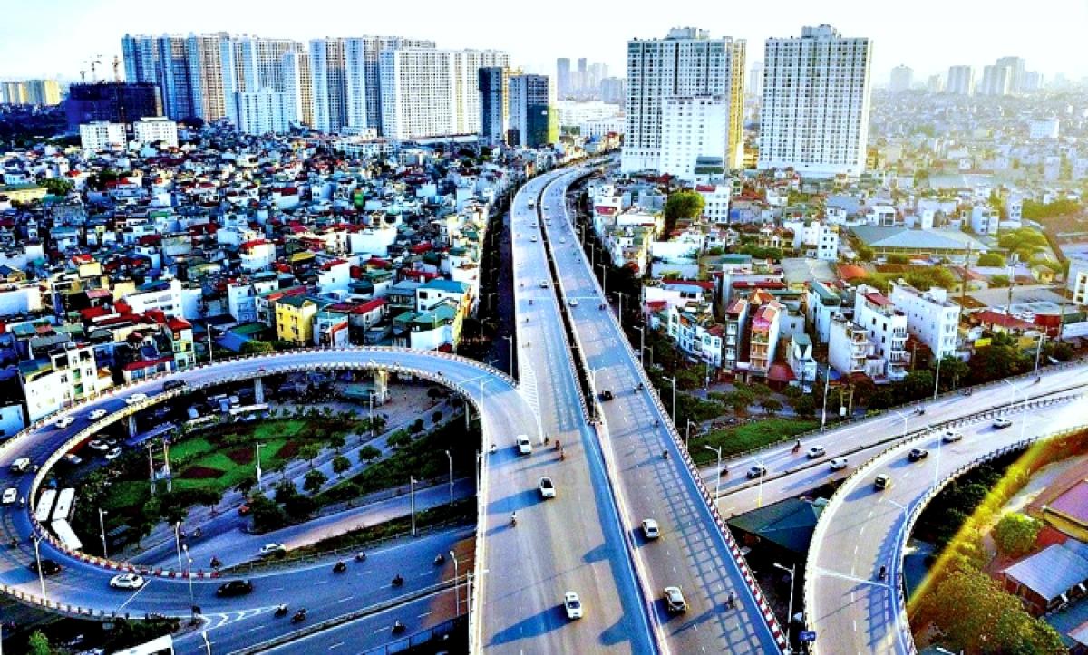 """""""Siêu dự án"""" đường vành đai 4 - Vùng Thủ đô kết nối 5 tỉnh, thành phố gồm: TP Hà Nội, Hưng Yên, Bắc Ninh, Bắc Giang và Vĩnh Phúc được xây dựng theo phương án toàn tuyến đi trên cao, dài 98km, vốn đầu tư 135.000 tỷ đồng."""