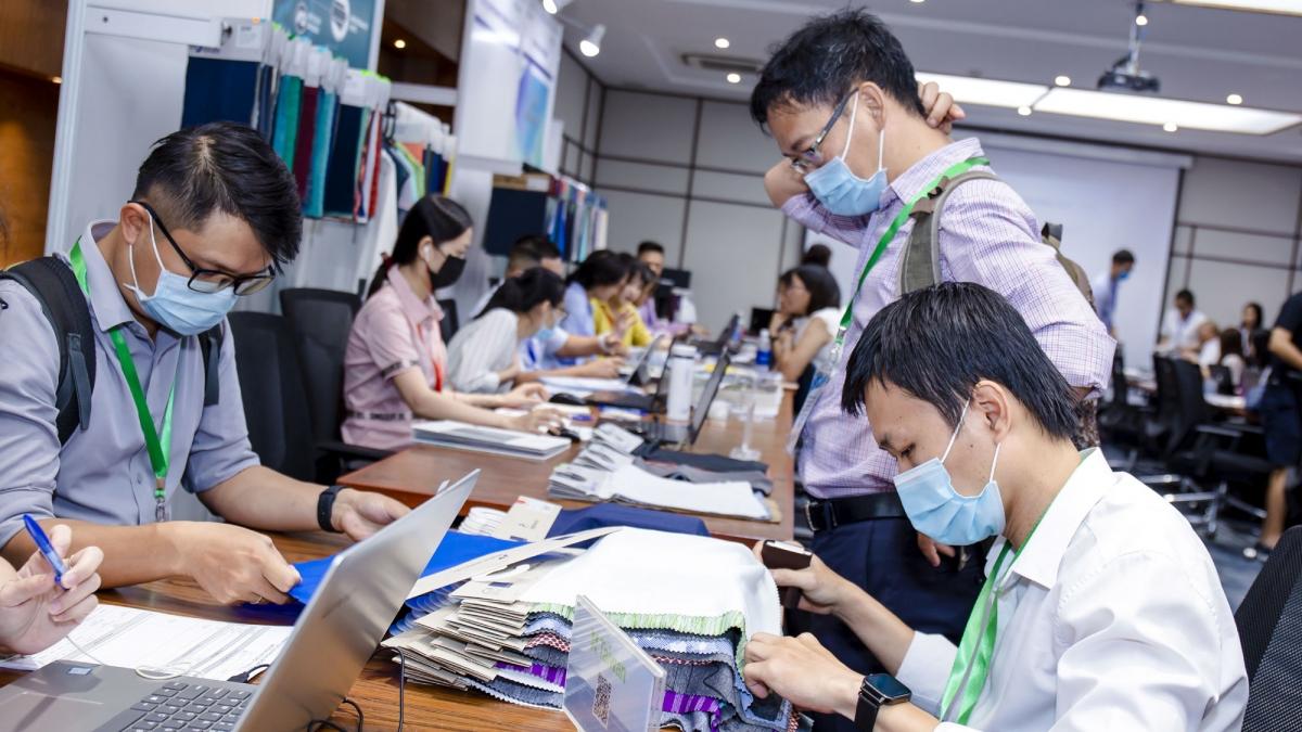 Hoạt động xuất nhập khẩu của Việt Nam từ đầu năm đến nay vẫn liên tục ghi nhận những kết quả tích cực và có sự phát triển khá bền vững.