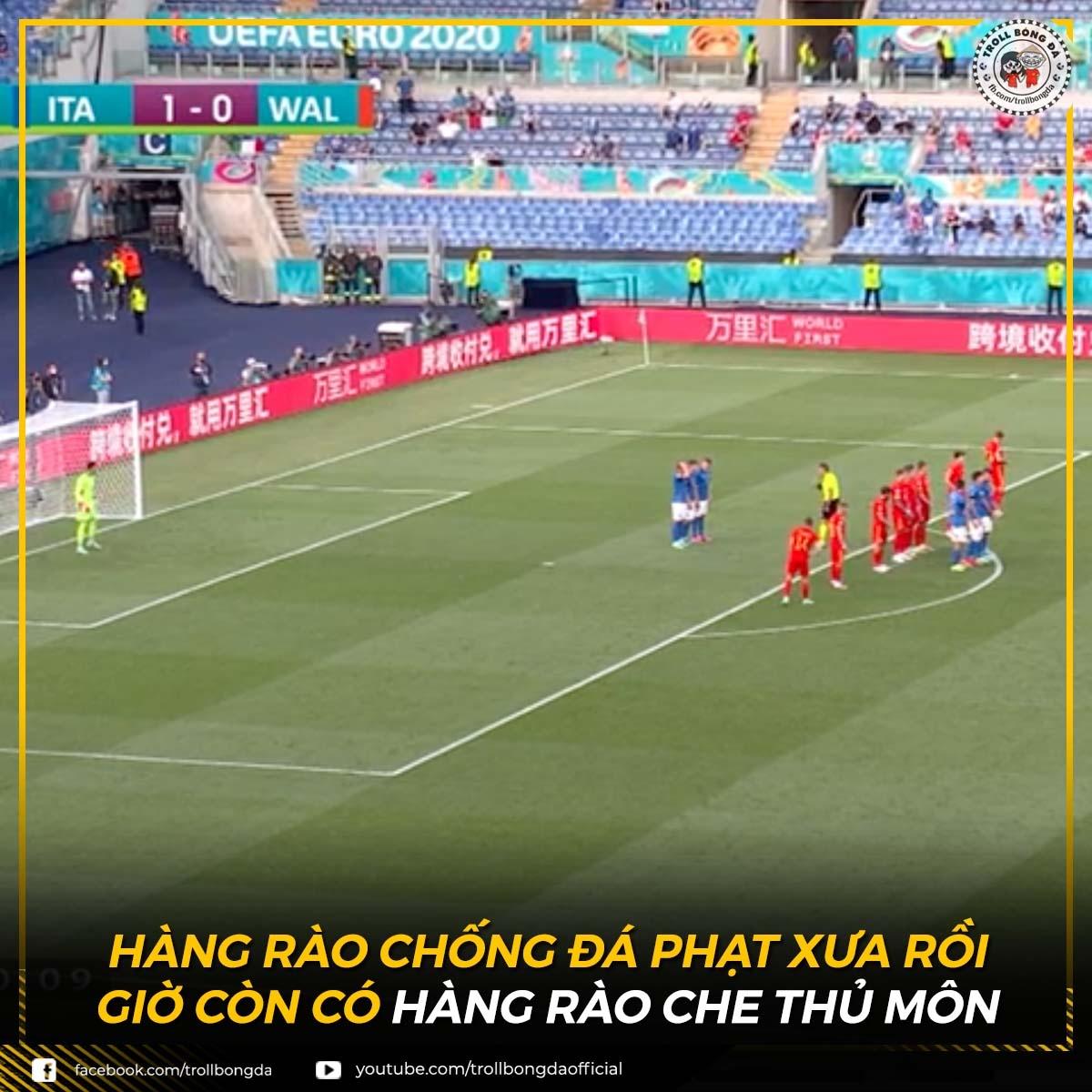 Phong cách đá phạt độc đáo của ĐT Italia (Ảnh: Troll bóng đá).