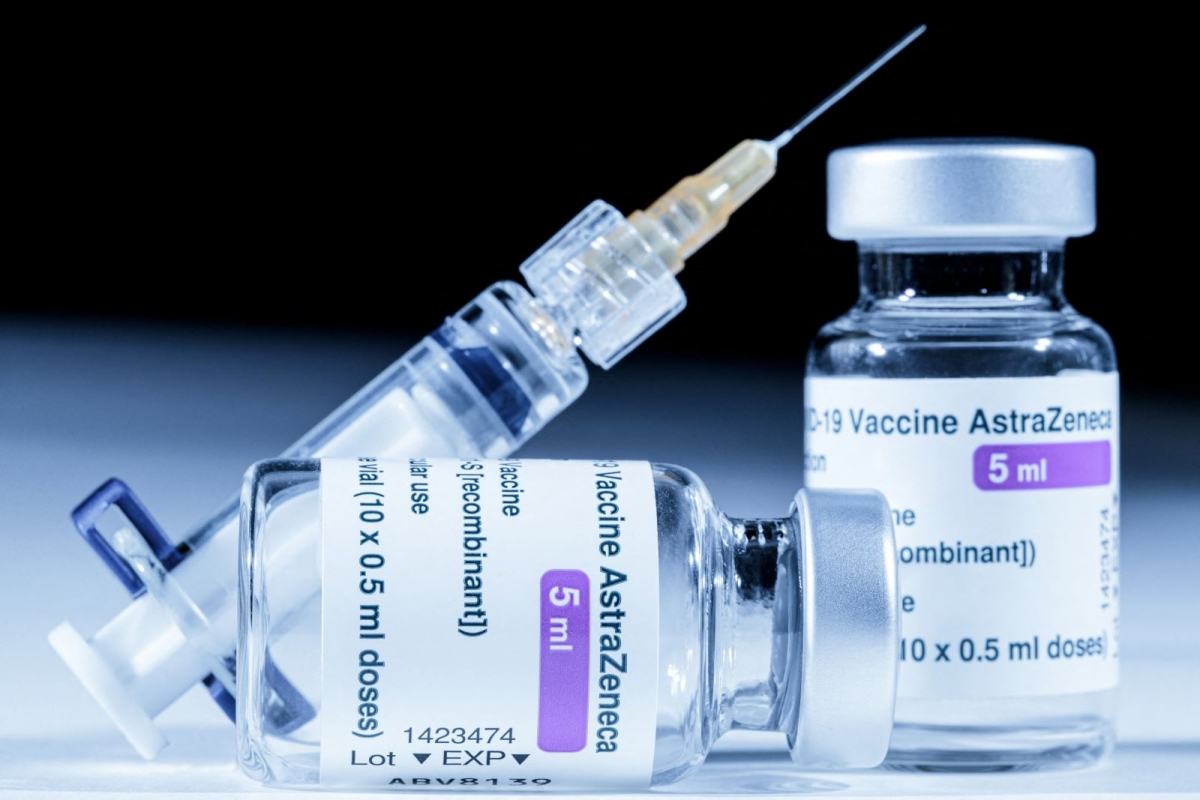 Vaccine ngừa COVID-19 của AstraZeneca. Ảnh: AFP/TTXVN