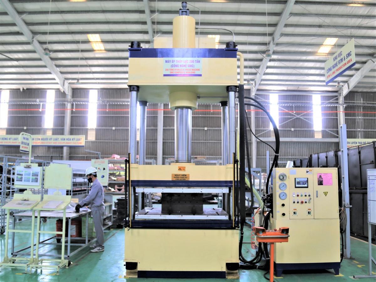 Máy ép thủy lực 200 tấn - Công nghệ SMC